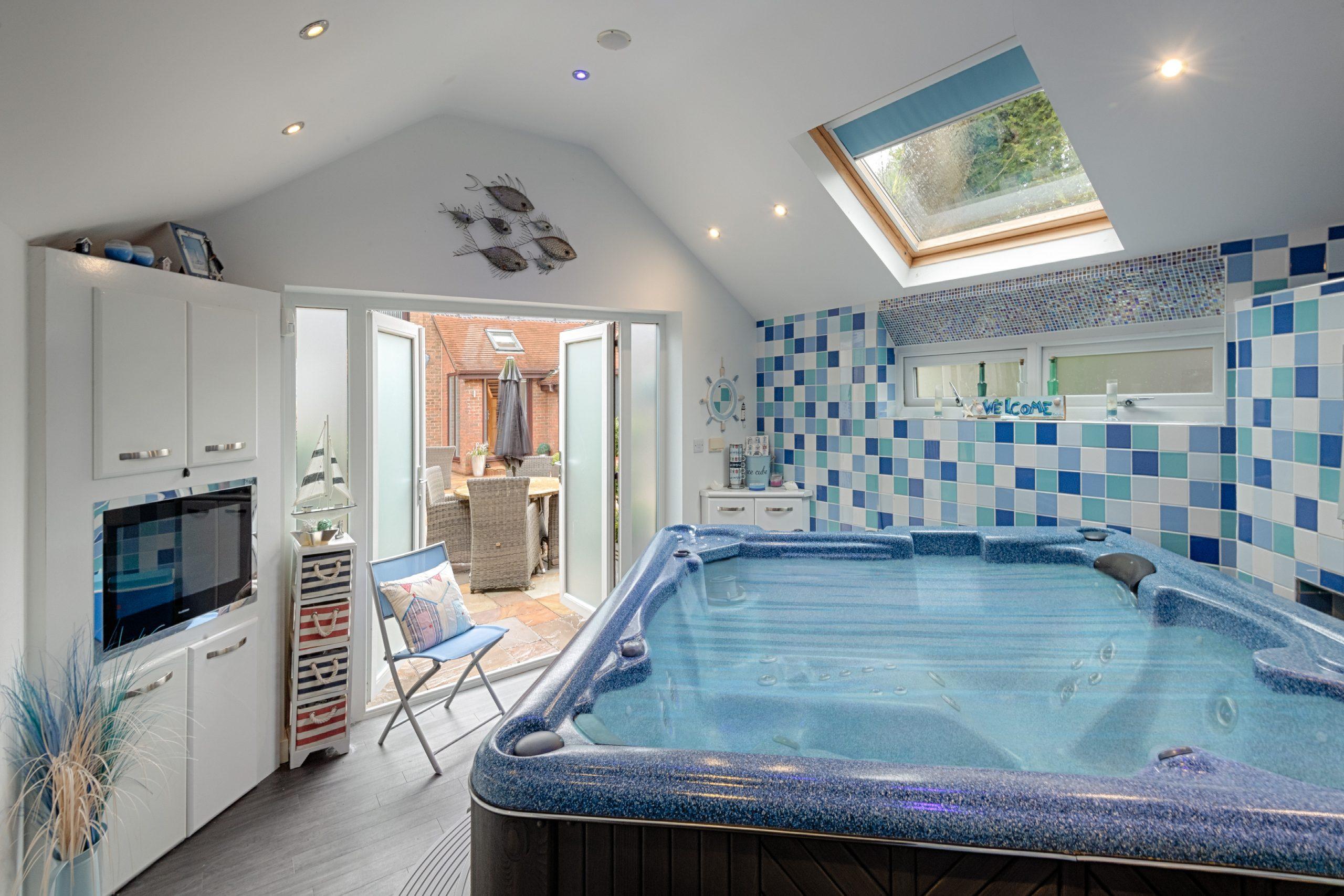 Hot Tub Garden Rm